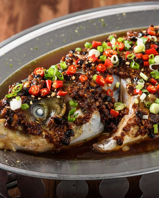 Black Bean Sauce Steamed Fish Head-豉汁蒸鱼头