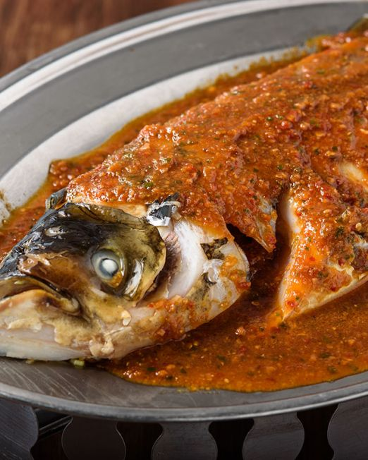 Chili Sauce Steamed Fish Head-酱蒸鱼头